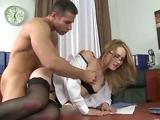 Fuck-fest-appeal Bombshell Kandall N Takes Cum-shots On Her Beautiful Cunt