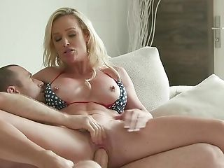 Blonde Wifey Explosions Her Premium Cootchie With Fresh Dick