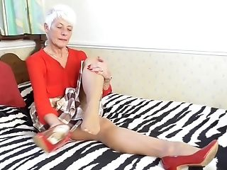 Old Granny Ready For Rough Hard Hookup