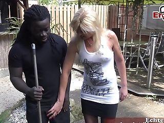 German Cougar Do Outdoor Deep Throat With Big Black Cock