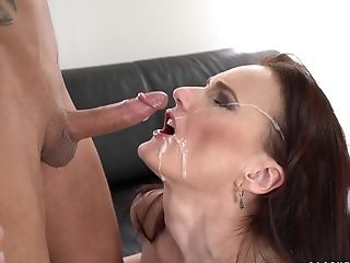 Awesome Alice Acute Gets Her Vagina Plowed By A Youthfull Stud