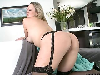 Graceful Blonde Mummy Abbey Brooks Gives Sultry Suck Off
