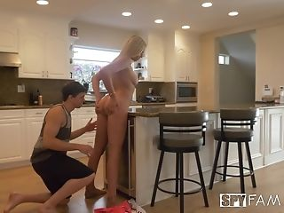 Blonde Hotty Sophia Lux Gets Her Cunt Drilled With A Stiff Pecker