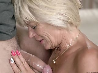 Matures Diane Sheperd Ultimately Gets To Have Fun With A Delicious Dick