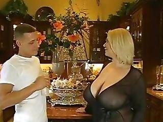 Elegant Bimbo Samantha 38g With Big Natural Tits Gets Bonked