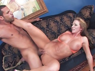 Silicone Diva Nikki Sexx Likes Dirty Fuck With Her Stellar Friend