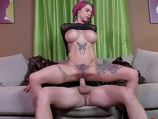 Tattooed Doll Anna Bell Peaks Makes A Fat Dick Vanish In Her