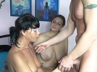 Matures Germans Love To Have Dirty Threesome With A Lot Of Fucking